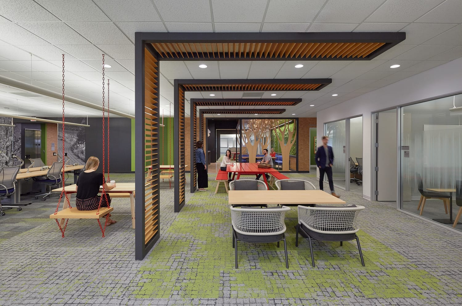 Trellises in the workplace, Raleigh
